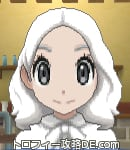 サンムーン女主人公の髪型ミディアムパーマ・色ホワイト(前髪すっきり)